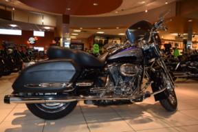 2008 Harley-Davidson HD CVO Touring FLHRSE4 Road King thumb 0