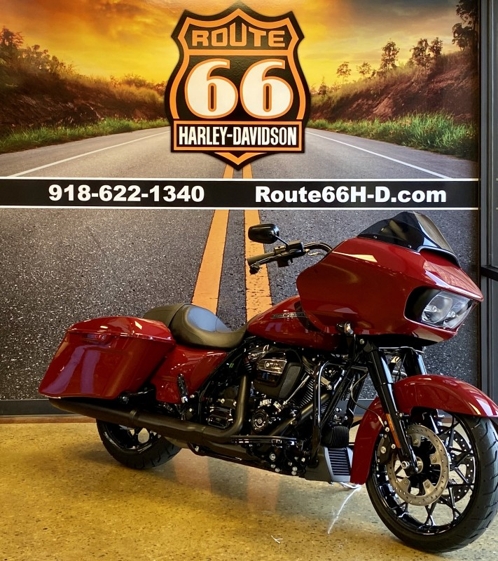 Billiard Red 2020 Harley-Davidson® Road Glide® Special