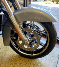 Barracuda Silver 2020 Harley-Davidson® Ultra Limited thumb 3