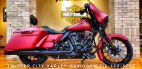 2019 Harley-Davidson® Street Glide® Special : FLHXS thumb 2