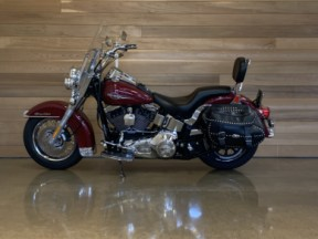 2006 HD FLSTCI Heritage Softail thumb 1