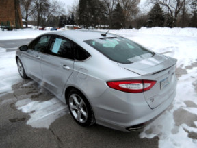 2016 Ford Fusion 4dr Sdn SE AWD thumb 0