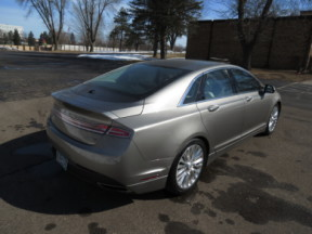 2015 Lincoln MKZ 4dr Sdn FWD thumb 1