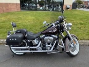 Used 2011 Softail Deluxe thumb 3