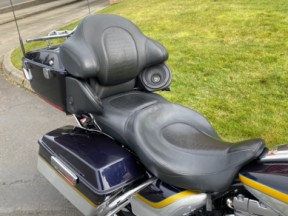 2012 CVO Ultra Classic Electra Glide thumb 0