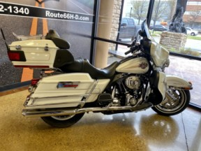 White Gold 2007 Harley-Davidson® Electra Glide® Ultra Classic® thumb 1