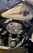 White Gold 2007 Harley-Davidson® Electra Glide® Ultra Classic® thumb 2