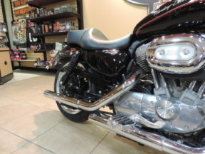 2011 Harley-Davidson HD Sporster XL883L Superlow thumb 1
