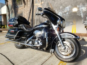 2003 Harley-Davidson® Electra Glide® Ultra Classic® thumb 3