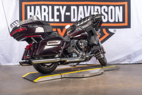 2014 Harley-Davidson® Electra Glide® Ultra Classic® thumb 0