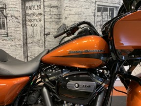 *2020 Harley-Davidson® Road Glide® Special* thumb 3