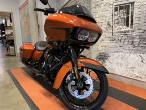 *2020 Harley-Davidson® Road Glide® Special* thumb 2