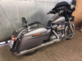 2017 STREET GLIDE SPECIAL thumb 2