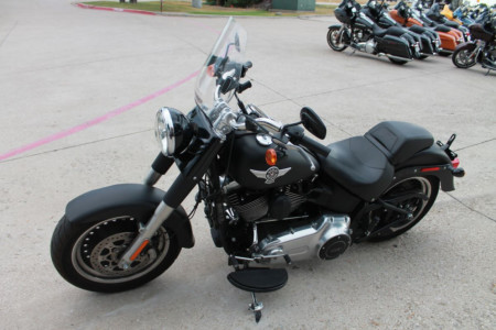 YOUR ULTIMATE GUIDE TO THE HARLEY-DAVIDSON® SOFTAIL®