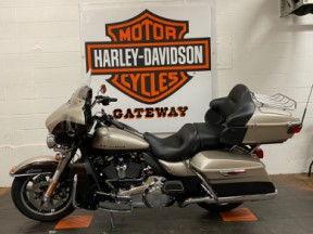 2018 HARLEY-DAVIDSON TOURING ULTRA LIMITED FLHTK thumb 1