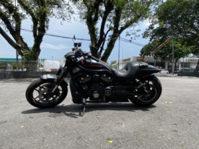 2013 Harley-Davidson® Night Rod® Special thumb 2