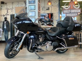 Road Glide Limited 2020 thumb 3