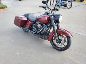 FLHRXS 2020 Road King<sup>®</sup> Special thumb 3