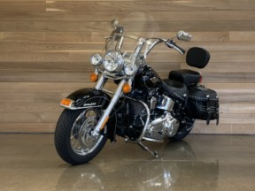 2015 Harley-Davidson® Heritage Softail® Classic thumb 2