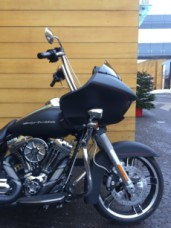 Harley-Davidson FLTRXS Road Glide Special thumb 2