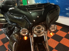 2020 Harley-Davidson® Ultra Limited thumb 3