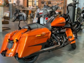 2019 Road King thumb 2
