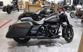 2020 Road King Special thumb 3