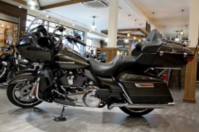 2020 Road Glide Limited – Chrome thumb 2