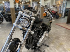 2020 Softail Standard thumb 3