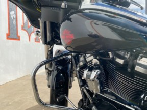 2020 Electra Glide Standard thumb 3