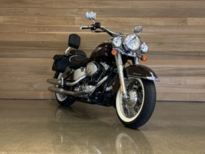 2006 Harley-Davidson® Softail® Deluxe thumb 3