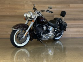 2006 Harley-Davidson® Softail® Deluxe thumb 2