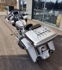 2019 CVO Road Glide thumb 1