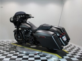 2020 Harley-Davidson® Street Glide® Special thumb 0
