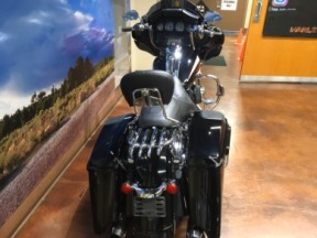 2017 Harley-Davidson® Street Glide® Special thumb 2