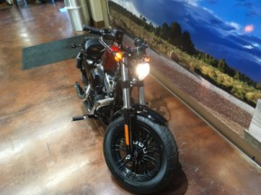 XL 1200X 2017 Forty-Eight thumb 1