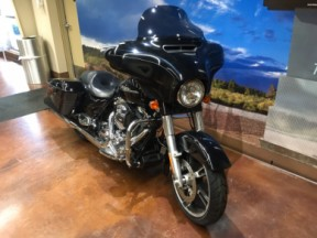 2014 Harley-Davidson® Street Glide® Special thumb 3