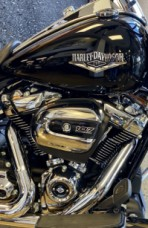 Black 2020 Harley-Davidson® Road King® thumb 2