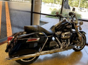 Black 2020 Harley-Davidson® Road King® thumb 1
