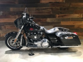 2019 Electra Glide Standard(FLHT) thumb 3