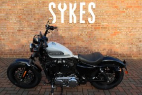 NEW 2020 Harley-Davidson XL1200XS Sportster Forty-Eight Special in Stone Washed White Pearl thumb 0