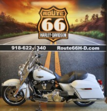 Stonewashed White Pearl 2020 Harley-Davidson® Road King® FLHR thumb 3
