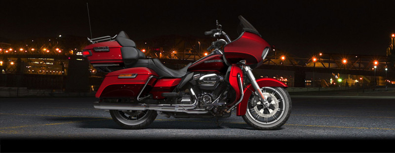 Wicked Red/Twisted Cherry 2018 Harley-Davidson® Road Glide® Ultra