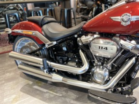 2019 Harley-Davidson® Fat Boy® 114 thumb 2