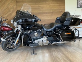 2016 Harley-Davidson® Ultra Limited thumb 3
