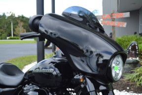 2019 Harley-Davidson® Street Glide® Special-FLHXS thumb 2