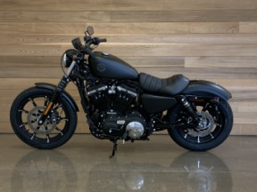 2020 Sportster 883 - XL883N Iron™ 883 thumb 1