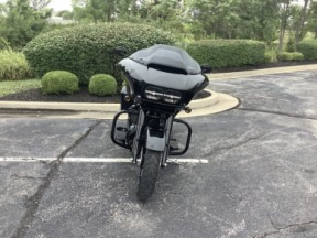 2019 Harley-Davidson® Road Glide® Special thumb 3