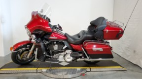 2013 Harley-Davidson® Electra Glide® Ultra Limited thumb 1