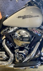 Crushed Ice Pearl 2016 Harley-Davidson® Street Glide® FLHX thumb 2